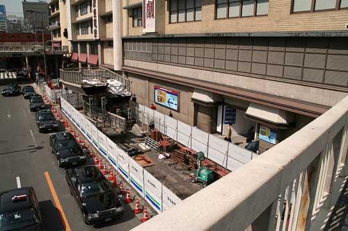 阪急百貨店前スロープ