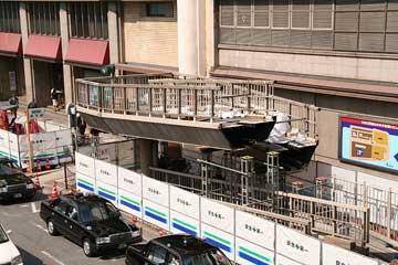 阪急百貨店前スロープ3