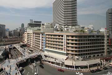 阪急百貨店前スロープ4