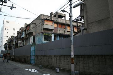 下寺住宅(軍艦アパート)4