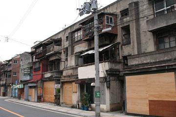 下寺住宅(軍艦アパート)5