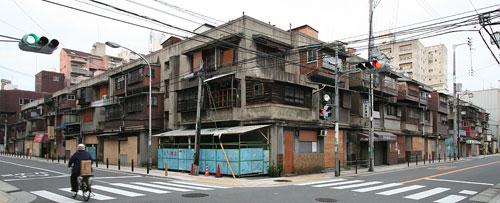 下寺住宅(軍艦アパート)8