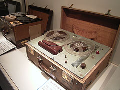 テープレコーダー