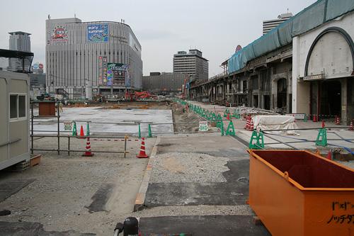 大阪駅解体中2