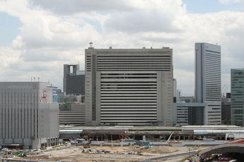 OsakaStation2007.jpg
