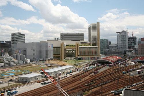 OsakaStation2011b.jpg