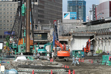 大阪駅北2