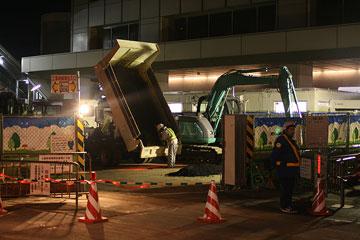 真夜中の大阪駅前3