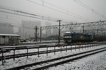 雪の日貨物駅1