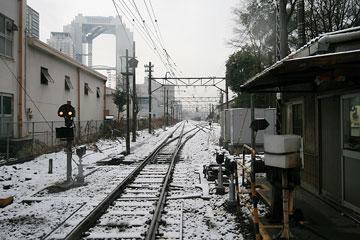 雪の日貨物駅2