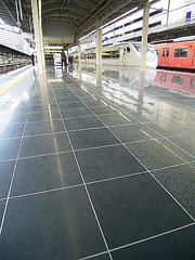 大阪駅050227-1