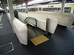 大阪駅050227-3
