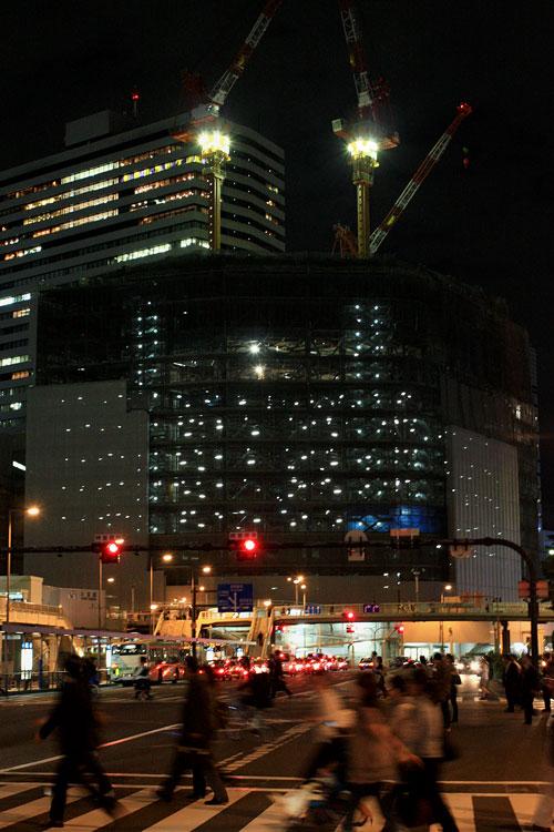 梅田阪急ビル建設中alt