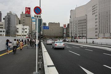 北ヤード−新御堂筋 新道路1