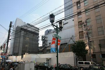 難波駅東1