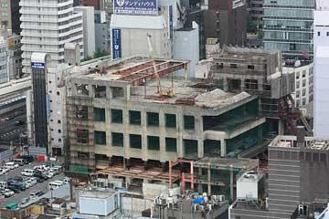 曾根崎の謎ビル2