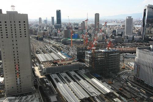 2009年1月新北ビル&駅1