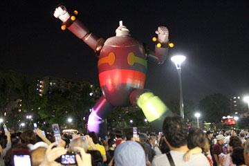 鉄人28号モニュメント スペシャルライトアップ2010-2