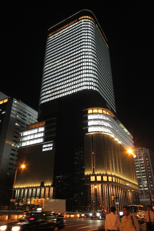 フェスティバルタワー全室点灯[北から]