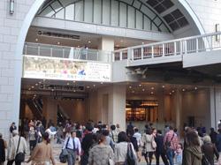 梅田阪急二期棟オープン8