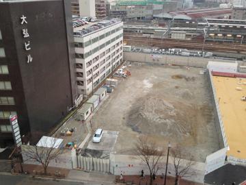 西梅田スクエア(大阪中央郵便局跡)c