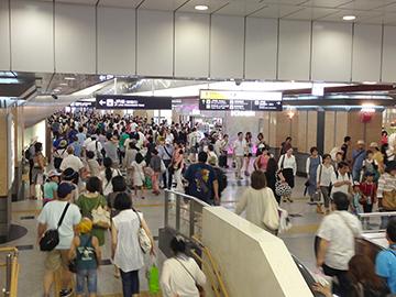 盆の大阪駅