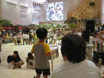 祝祭広場c
