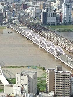 130916十三大橋を上から