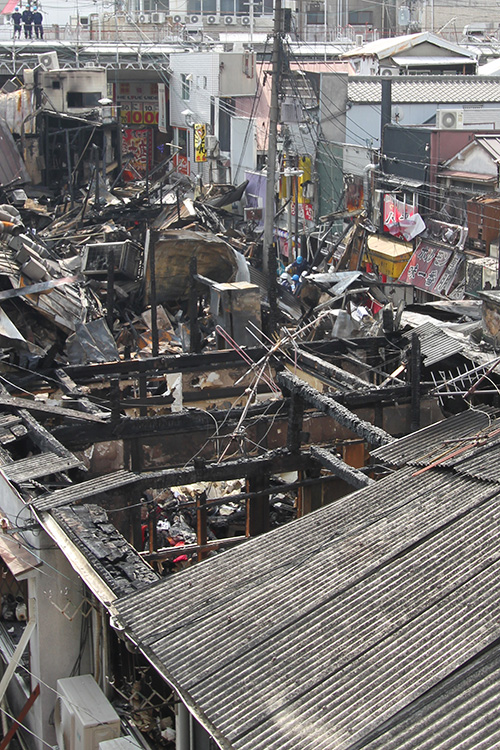 しょんべん横丁で火事1