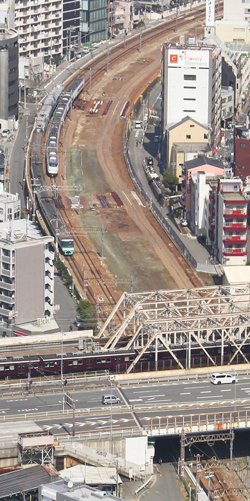 梅田スカイビルから梅田貨物線