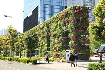 新梅田シティ希望の壁d