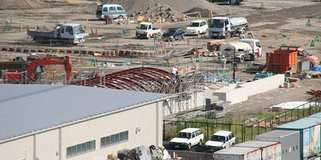 大阪梅田の再開発をじっくりと定点観測してみるブログ   地下道出入口に屋根 b89909b185b
